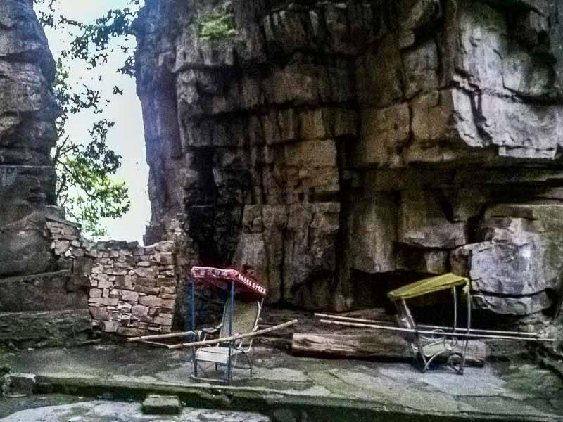 Palanquin in the Zhangjiajie National Park.