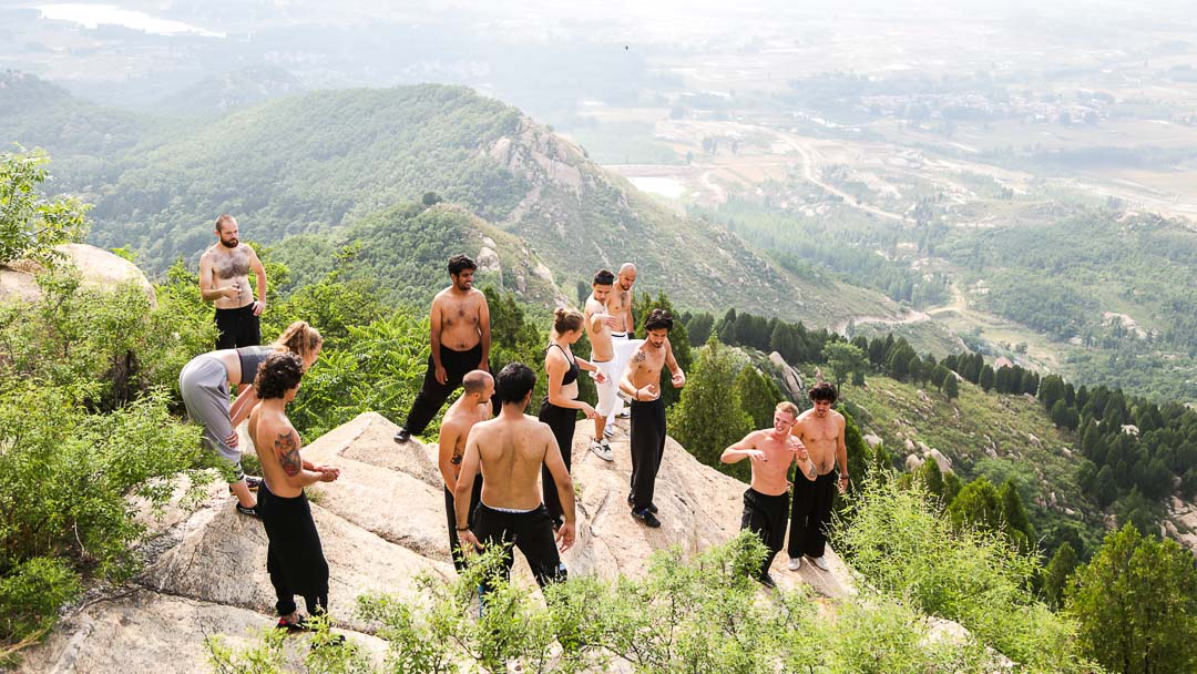 students from Shaolin kung fu school
