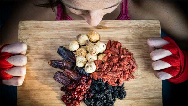 nutrition dried fruits